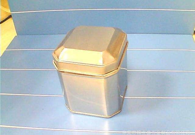 茶叶铁盒与茶叶铁罐之间有什么差别?